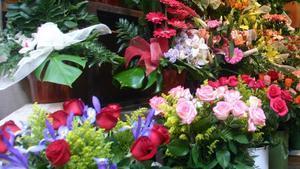 Flores a la venta en una floristería de Barcelona.