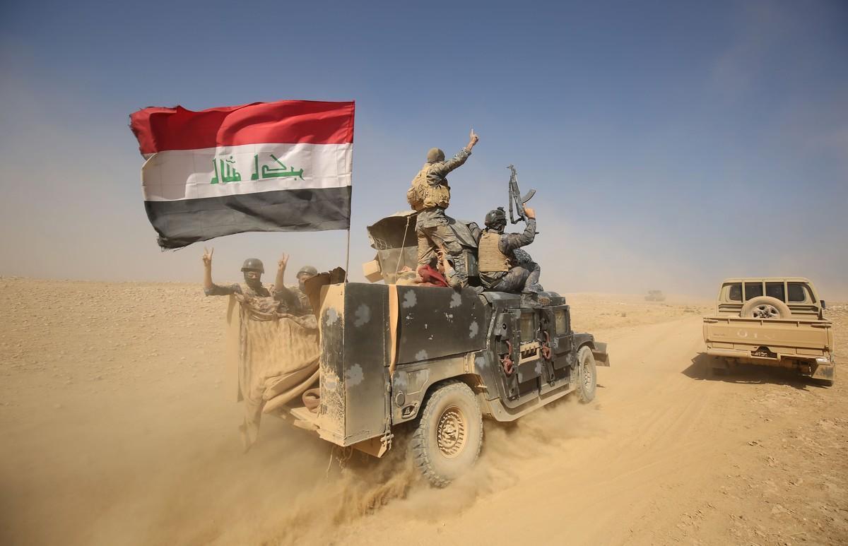Un vehículo militar iraquí en los alrededores de Mosul.