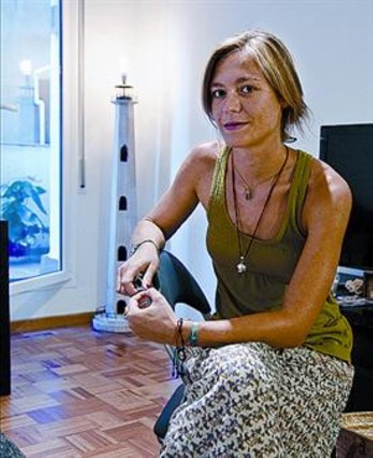 Ana Balañá, en el piso que acaba de comprar.