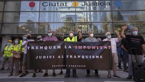 Víctimes del franquisme confien en el processament de Martín Villa per lesa humanitat