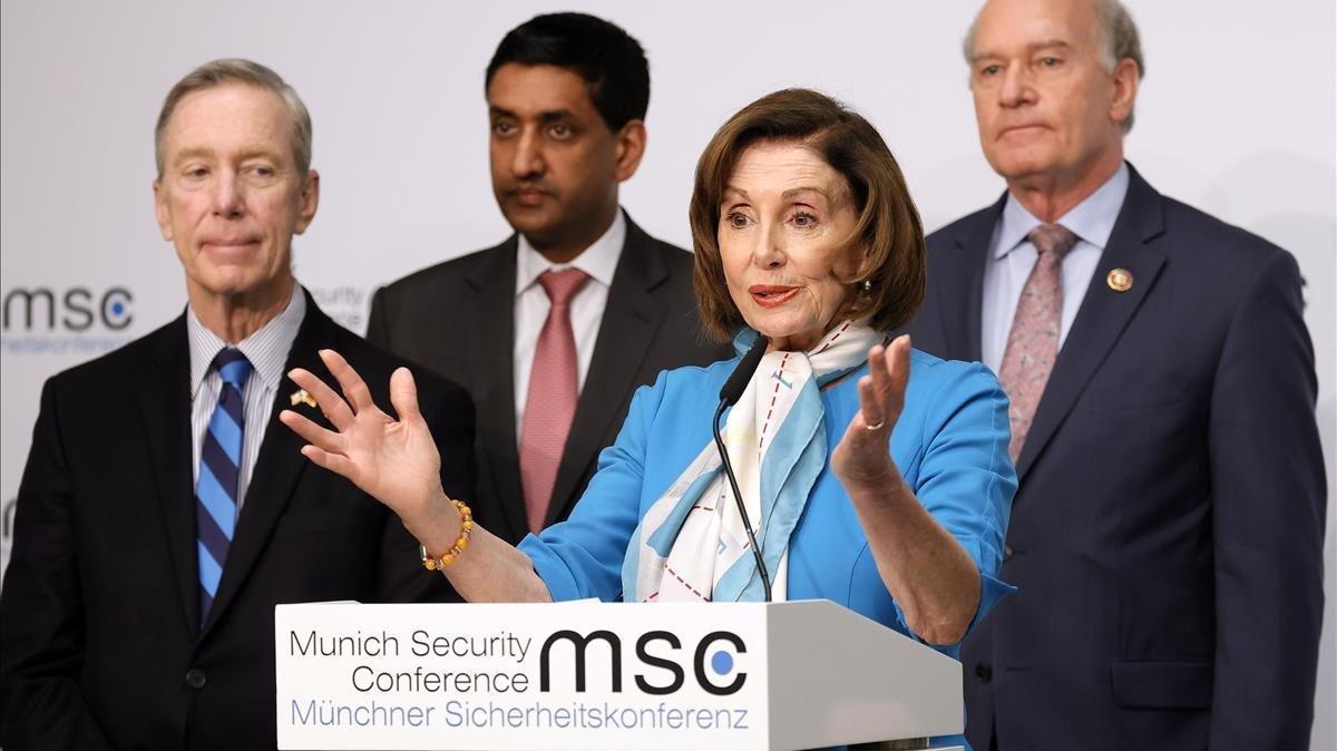 La portavoz de la Cámara de Representantes de EEUU, Nancy Peloosi, en la conferencia de Munich.