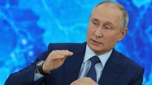 Vladímir Putin durante su conferencia de prensa anual telemática desde su residencia.