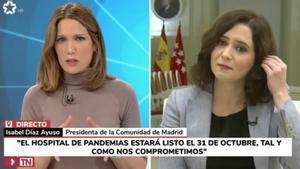 Silvia Itxaurrondo e Isabel Díaz Ayuso en el Telenoticias de Telemadrid.