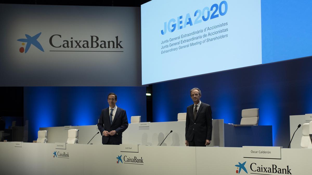 Los accionistas de CaixaBank aprueban la absorción de Bankia