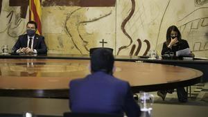 Pere Aragonès y Meritxell Budó, en la primera reunión del Govern tras la inhabilitación de Quim Torra