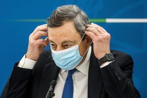 Mario Draghi en una reunión del Gobierno.