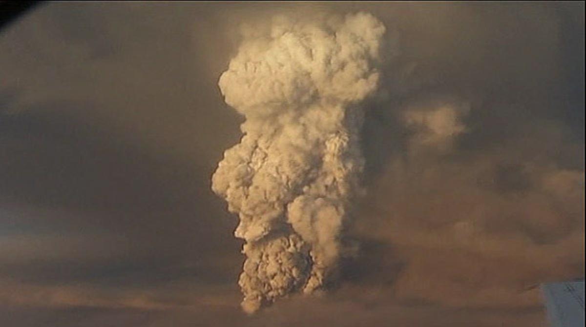 El volcán Grimsvoetn causa problemas en el espacio aéreo de Islandia y Groenlandia.