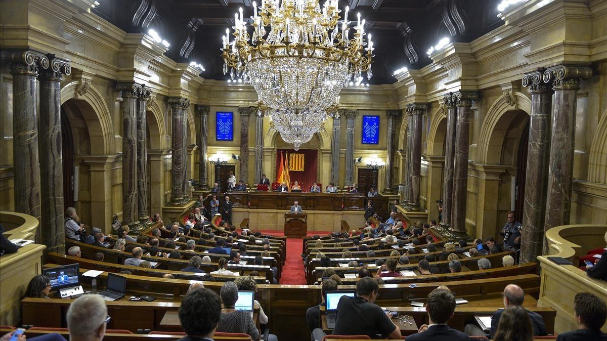 Pleno del Parlament en el que se aprobó la ley de transitoriedad.