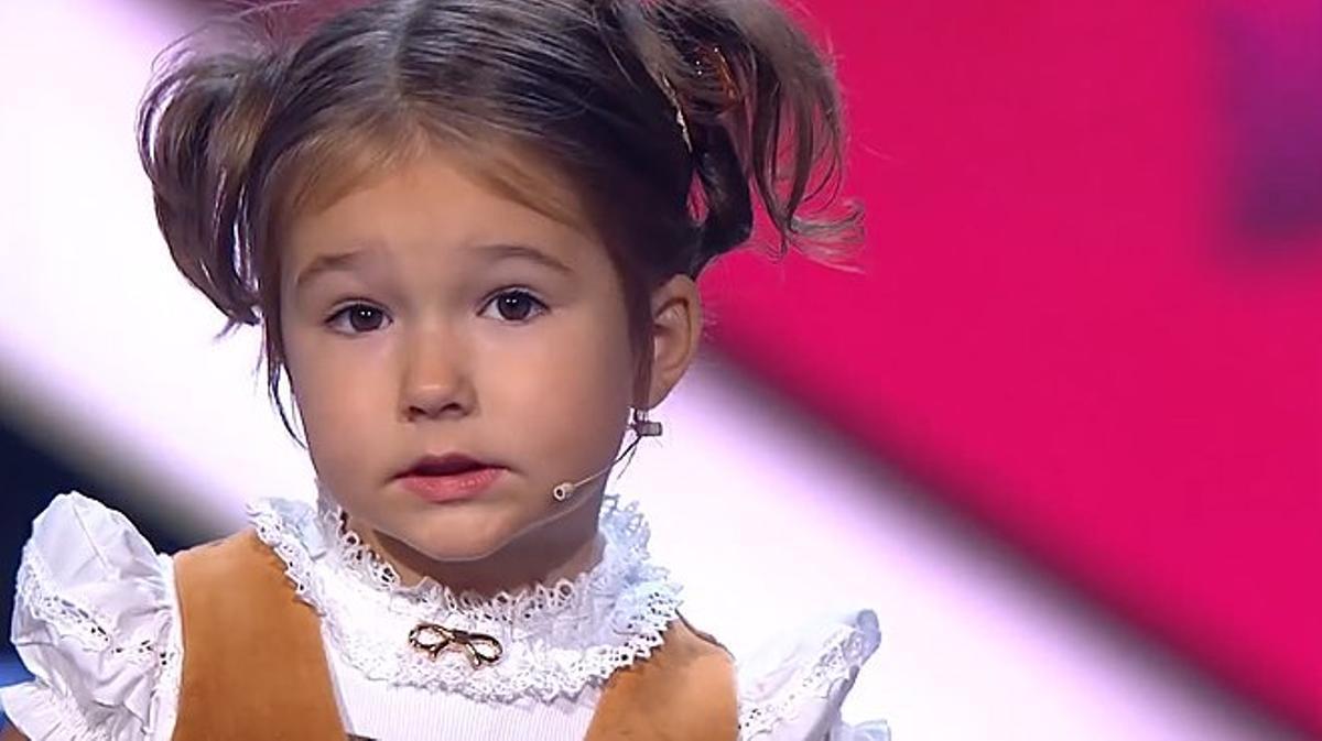 Bella la niña rusa de 4 años que habla 7 idiomas.