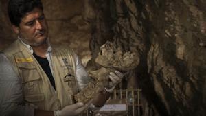 Antonio J. Morales, el descobridor de tombes d'alt 'standing' a la Tebes de Mentuhotep II