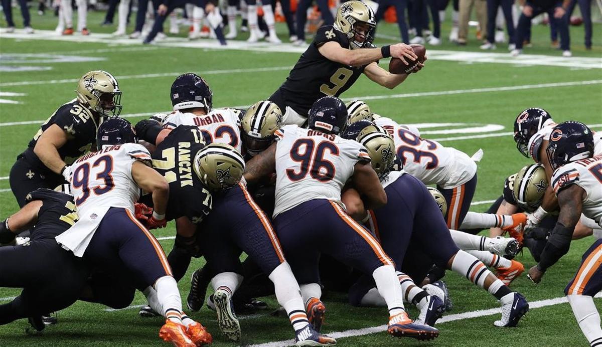 Un momento del partido entre los Saints de Nueva Orleans y los Bears de Chicago.
