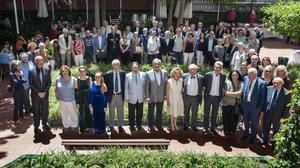 Representantes del mundo de la cultura y de la empresaacudieron al Ateneu Barcelonés para apoyar una Ley de Mecenazgo.