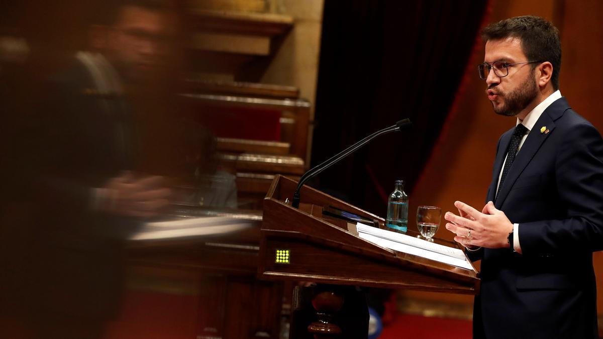 Pere Aragonès en su sesión de investidura en el Parlament./EFE/Alberto Estévez/POOL