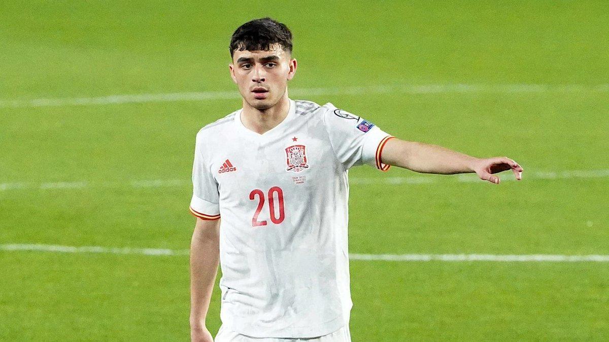 El centrocampista azulgrana manda en un partido con España.