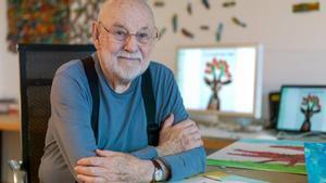 Eric Carle en su estudio, en Carolina del Norte (Estados Unidos).