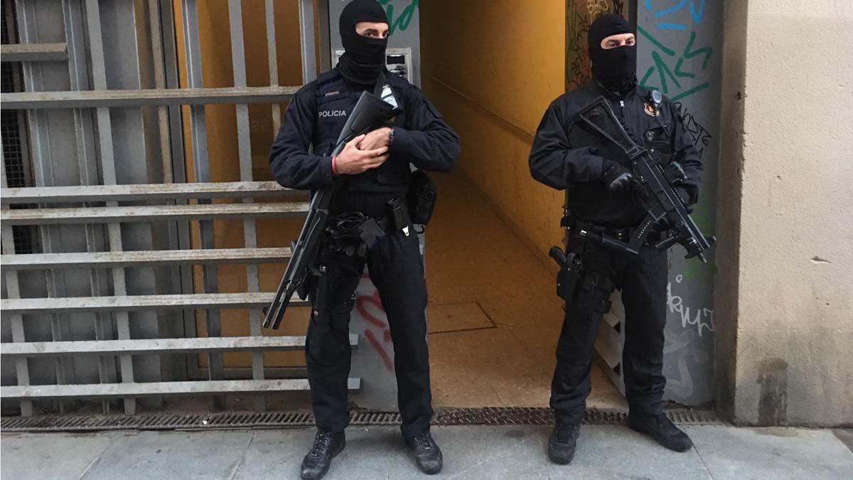 Operació antiterrorista contra un grup gihadista disposat a atemptar   Directe