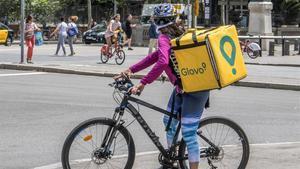 'Vaga col·laborativa' contra Glovo a Saragossa: els seus repartidors col·lapsen l'app en hora punta
