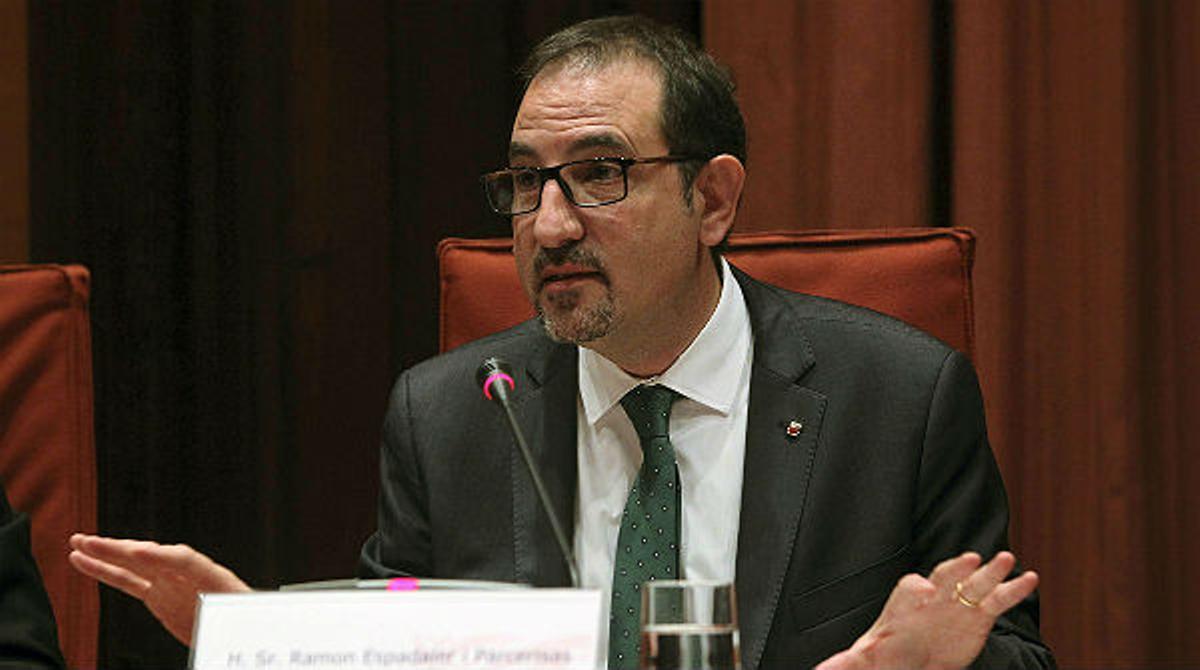 Espadaler defiende ante el Parlament a los agentes imputados por la muerte de Benítez