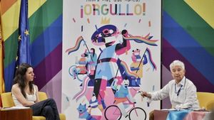 La ministra de Igualdad, Irene Montero y la directora de Diversidad Sexual y Derechos LGTBI, Boti G. Rodrigo, en la presentación de los actos con motivo del Orgullo 2020.