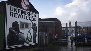 Un mural de los republicanos norirlandeses en elbarrio de Bogside, en Derry-Londonderry.
