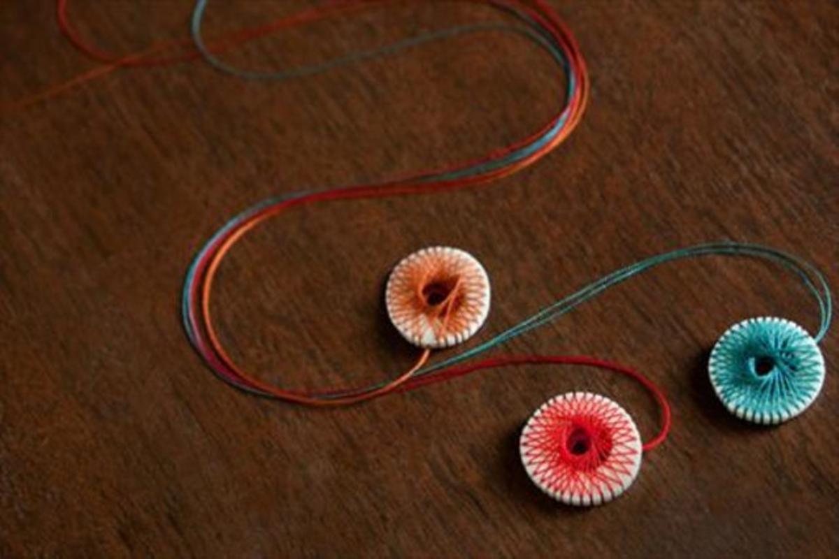 Collares elaborados por artesanos de Japón.