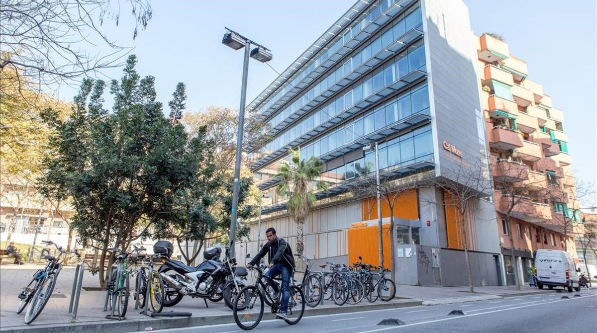 Centro residencial de inserción Cal Muns, en Hostafrancs, la semana pasada.