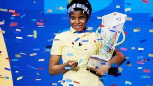 Una adolescent de Louisiana, primera afroamericana campiona del certamen de lletreig