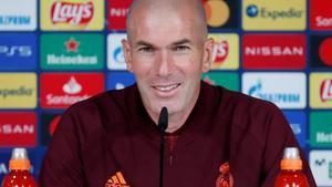 Zinedine Zidane, entrenador del Real Madrid, antes de recibir al Inter.