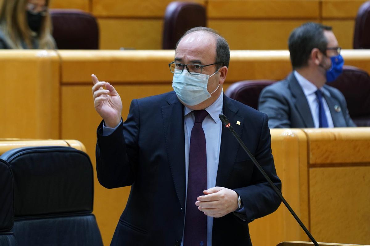 Sesión de Control al Gobierno en el Senado, en la imagen el ministro Miquel Iceta.