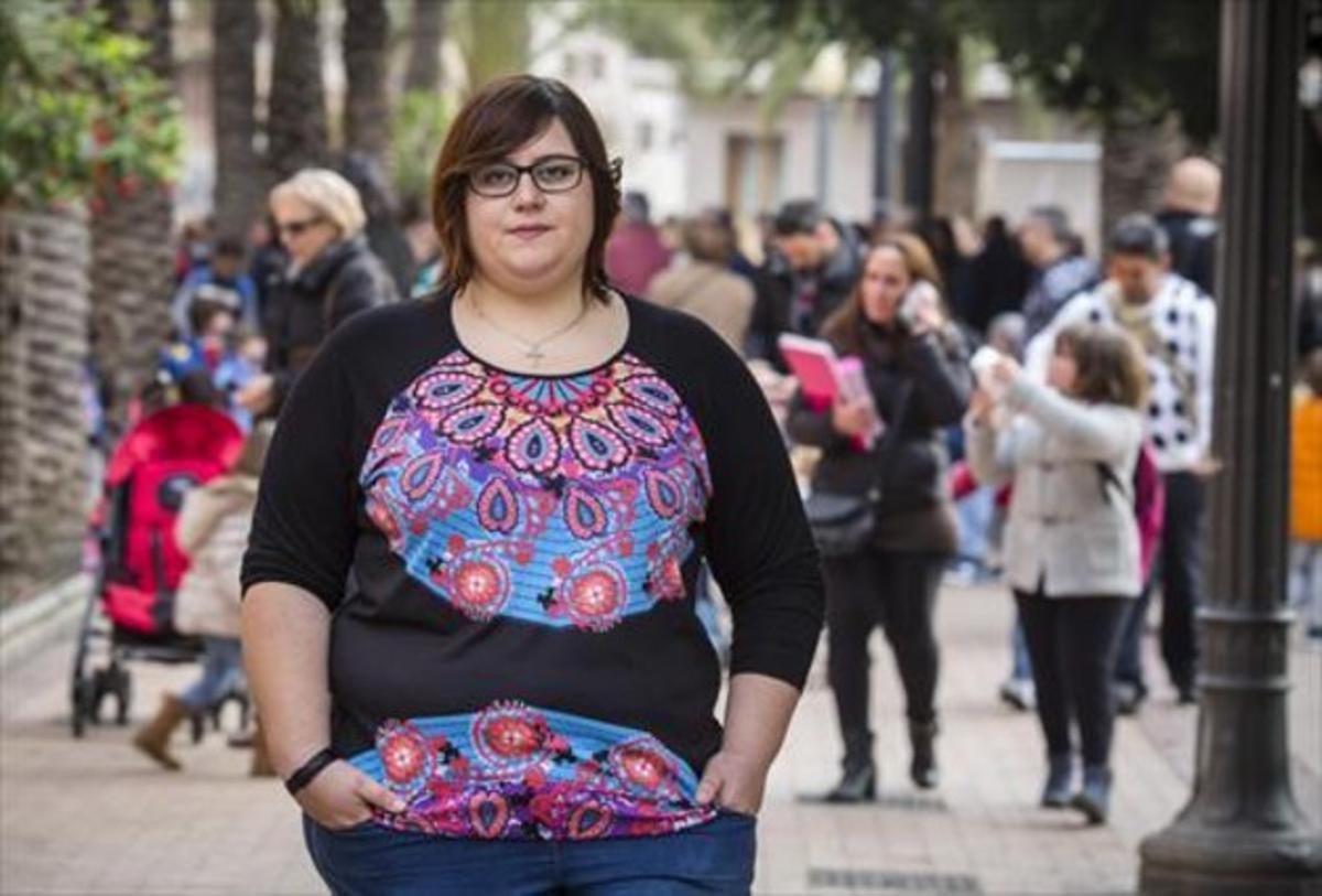 Marina Marroquí, en Elche, donde vive y preside la Asociación Ilicitana contra la Violencia de Género.