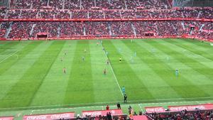 El Molinón, justo ante de empezar el Sporting-Barça B.