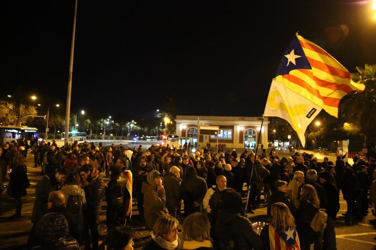 Manifestación en Meridiana con Fabra i Puig, este jueves.