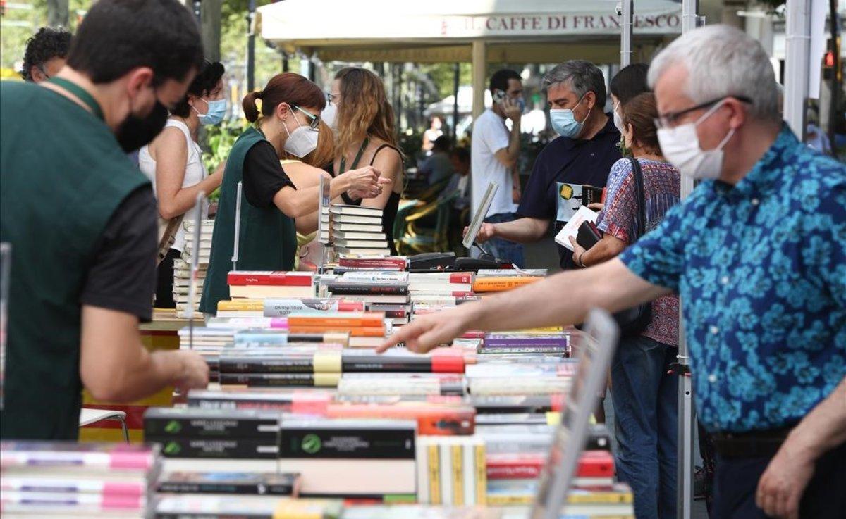Sant Jordi en la Casa del llibre de Barcelona.