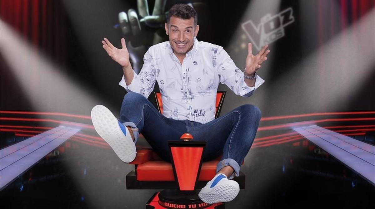 Jesús Vázquez, presentador de 'La voz kids', en el plató del programa.