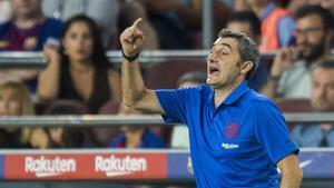 Valverde celebra que Suárez estigui «en ratxa» i que De Jong vulgui «manejar la pilota»