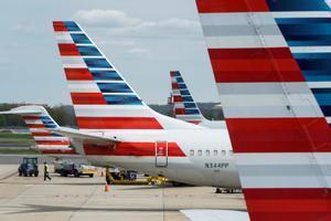 Aviones aparcados en el aeropuerto Ronald Reagan de Washington.
