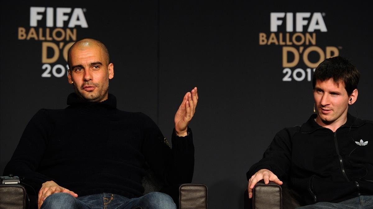 Pep Guardiola y Lionel Messi, en la gala del Balón de Oro en enero del 2012.