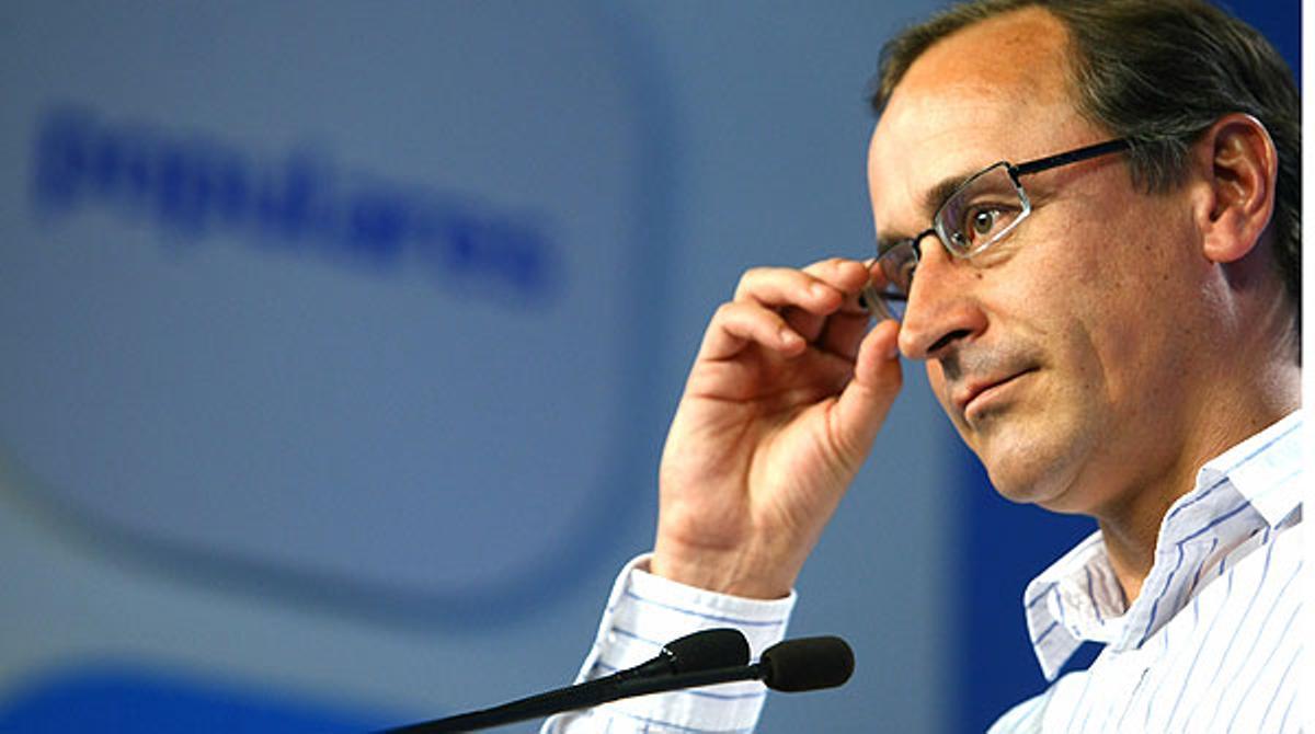 Alfonso Alonso anuncia que el PP votará a favor de tramitar la ILP de la dación en pago.