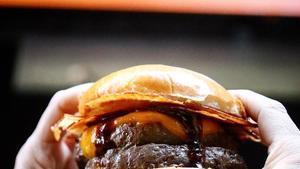 La gente se está consumiendo el cerebro con esta dieta realmente mala de comida rápida y casi nada de ejercicio.