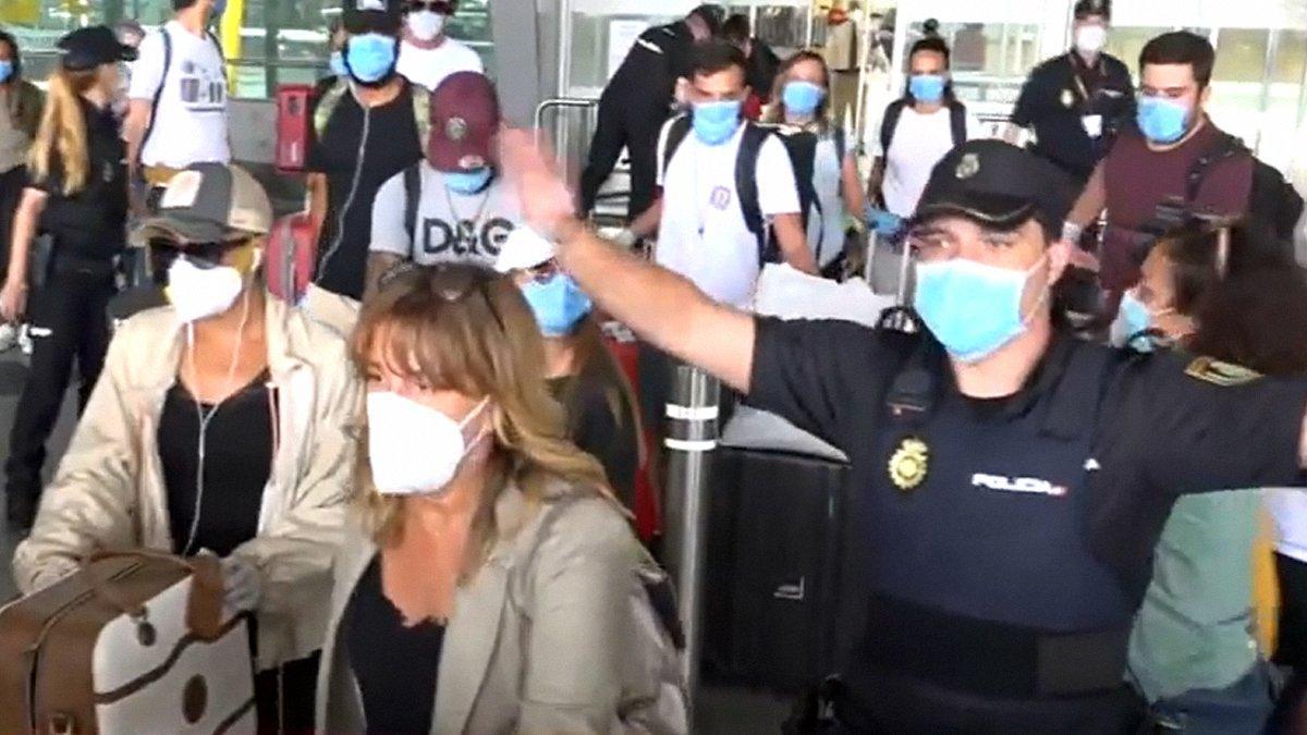 Així ha sigut l'arribada dels 'Supervivientes' a Espanya: crits, plors i moments de tensió