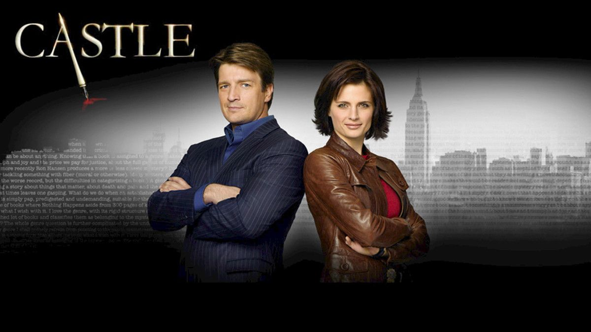 Imagen promocional de la serie 'Castle' con sus dos protagonistas, Nathan Fillion y Stana Katic.