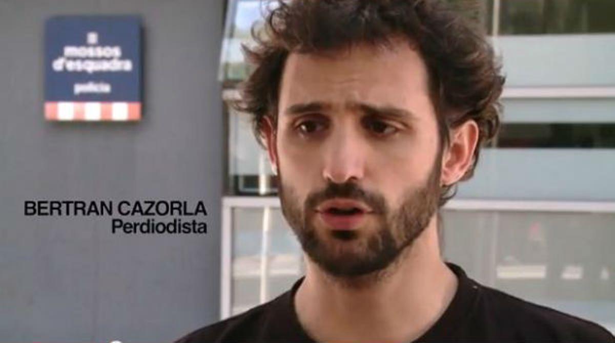 Declaraciones del periodista Bertan Cazorla al salir de comisaría
