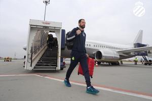 Machín, a su llegada al aeropuerto de Budapest.