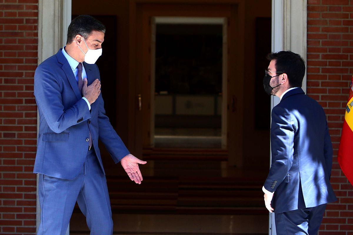 El presidente del Gobierno, Pedro Sánchez, recibe en la Moncloa al 'president', Pere Aragonès, este 29 de junio.