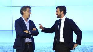 Casado i Feijóo es reuneixen a Génova després de les crítiques del líder gallec pel canvi de seu