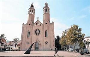 L'església nova de Sant Pere de Ribes.