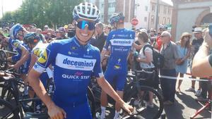Enric Mas, en el día de descanso de Albi, antes de salir a probar una bicicleta eléctrica del fabricante que lo patrocina.