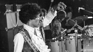Jimi Hendrix, durante un concierto