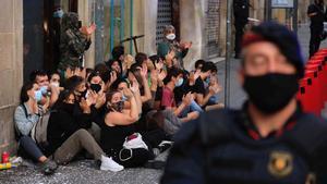 Els grans propietaris afirmen que el decret contra els desnonaments fomentarà l'ocupació