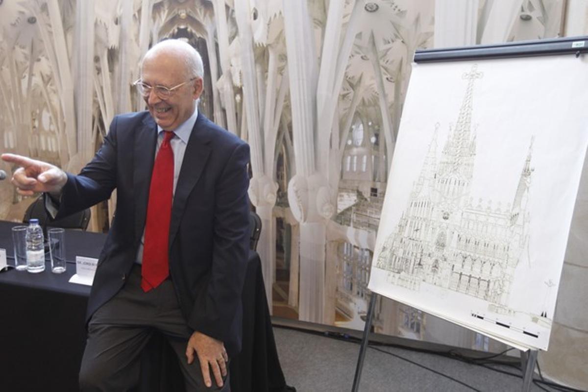 Joan Rigol, este martes, durante una visita a las obras de la Sagrada Família.
